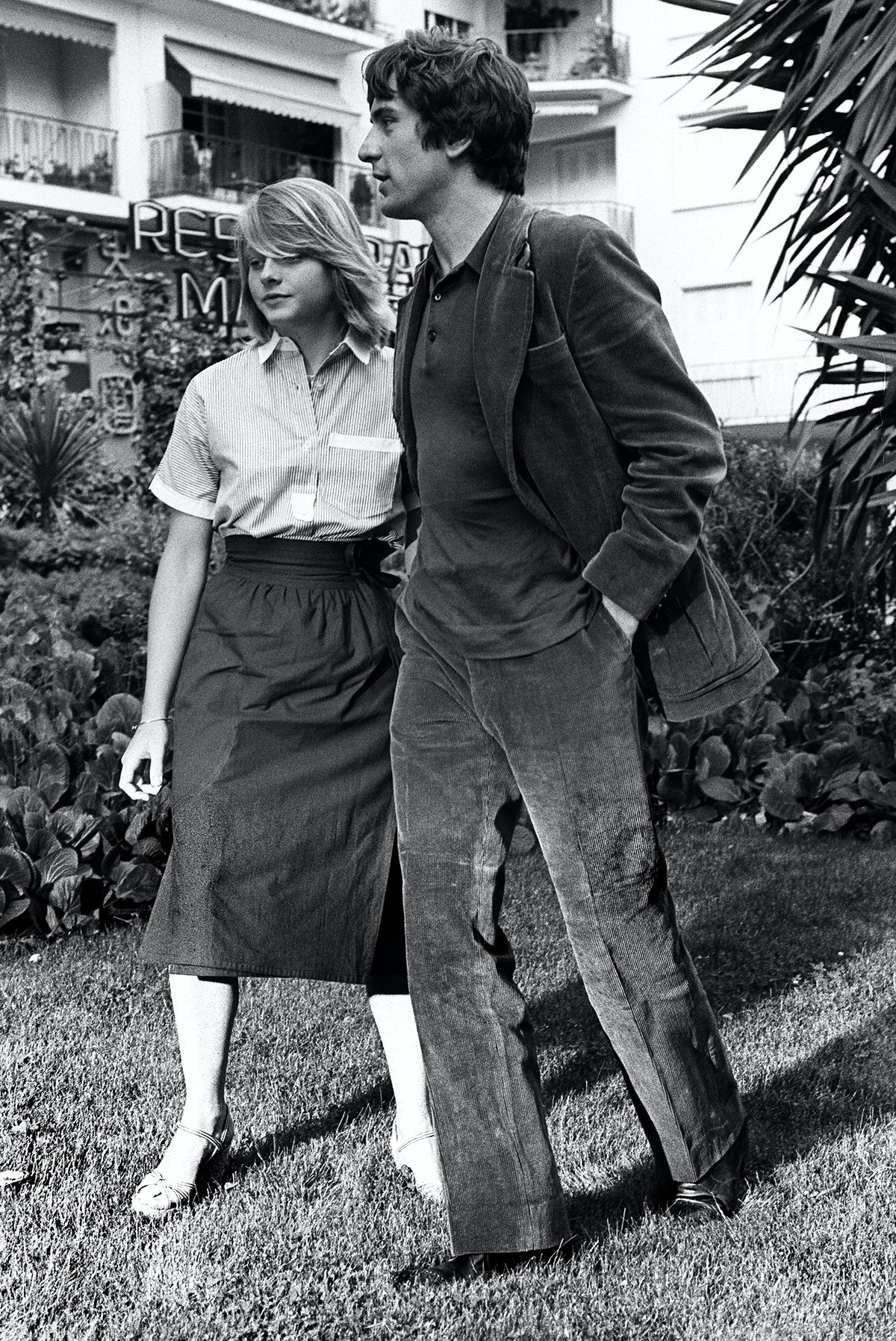 جودي فوستر مع روبرت دي نيرو في مهرجان كان عام 1976 - AFP