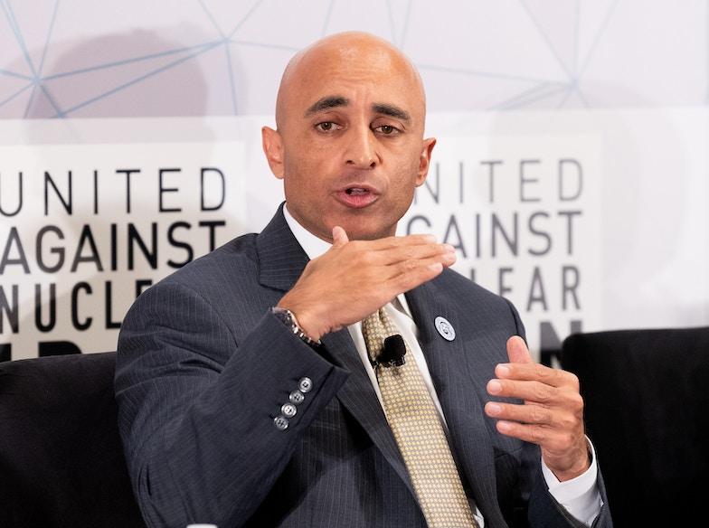 العتيبة: نهج جديد في علاقة الإمارات ودول الخليج مع واشنطن