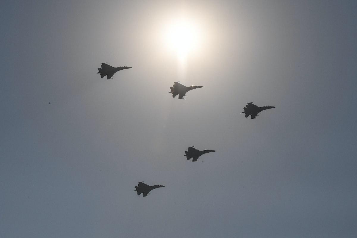 طائرات حربية صينية خلال استعراض عسكري في العاصمة الصينية بكين 1 أكتوبر 2019 - AFP