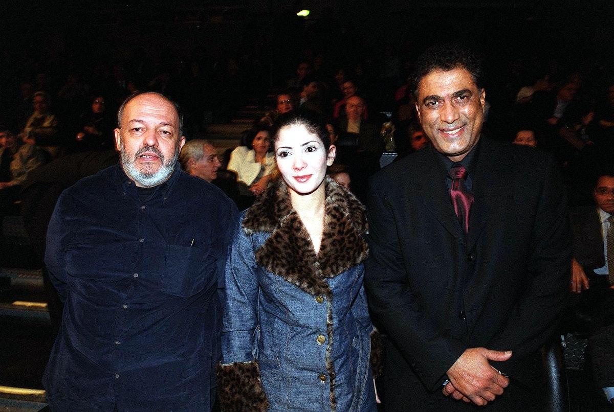بين أحمد زكي والمخرج محمد خان في العرض الخاص لفيلم