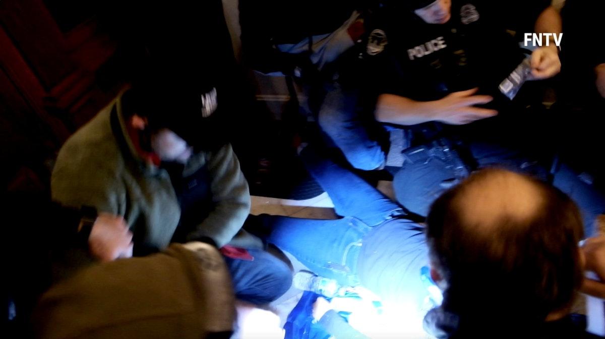 آشلي بابيت بعد إطلاق النار عليها في مبنى الكابيتول في واشنطن- 6 يناير 2021 - REUTERS