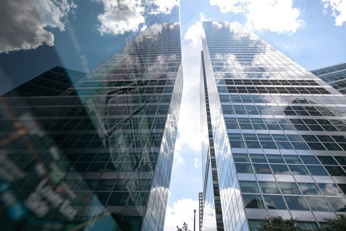 """الفرع الرئيس لمصرف """"غولدمان ساكس"""" في نيويوك، 12 يوليو 2020 - Bloomberg"""