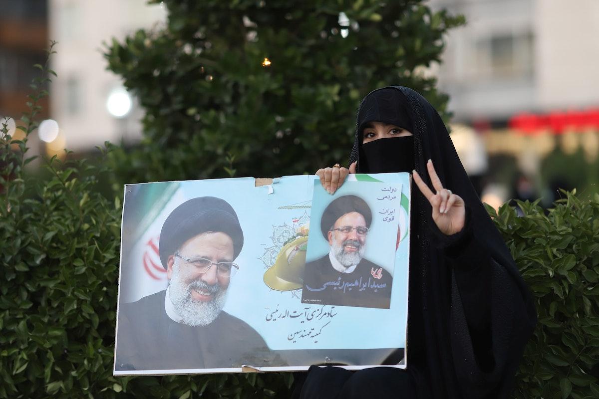 مرشح للرئاسة الإيرانية يدعو للانفتاح على الغرب