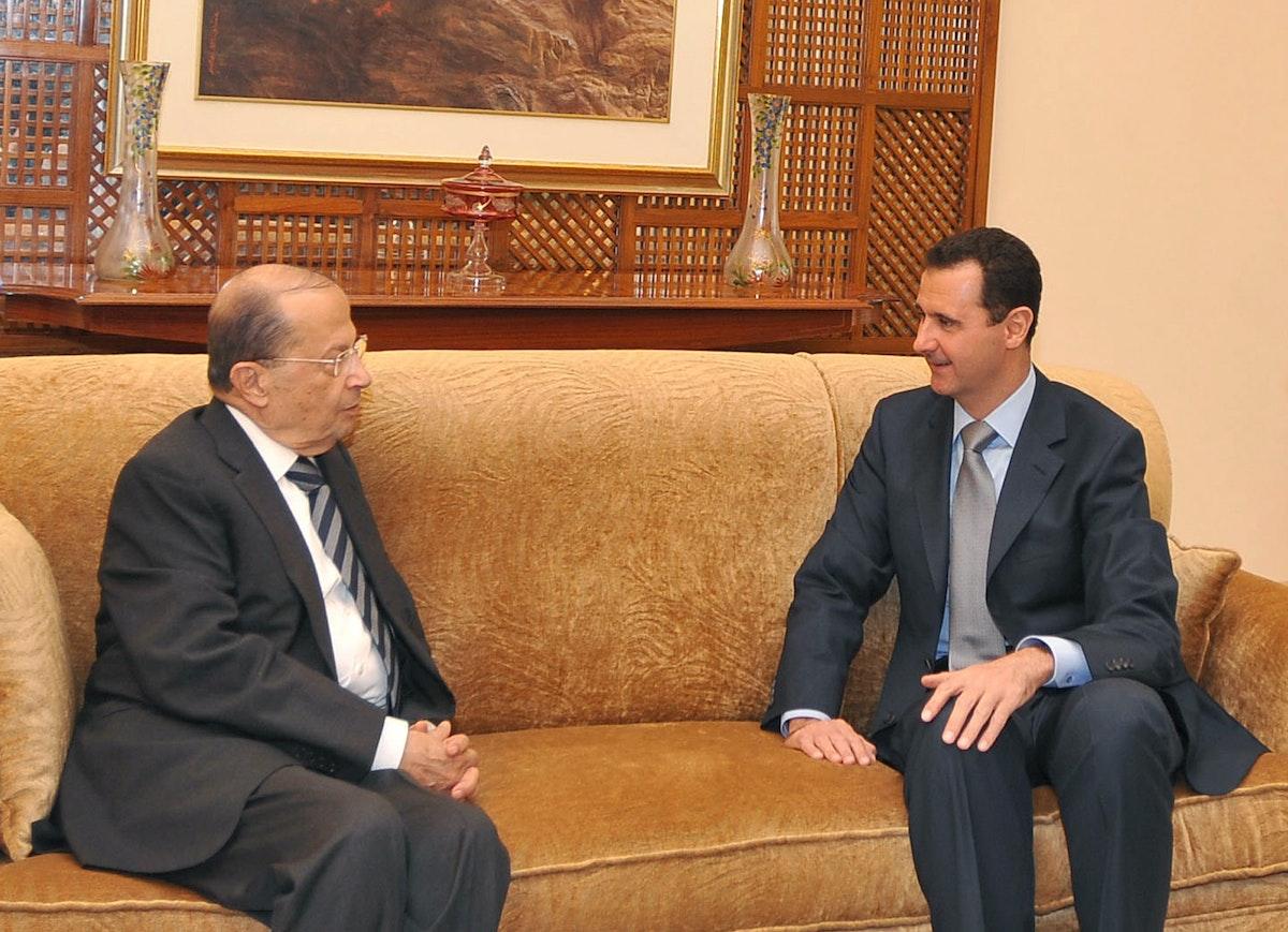 الرئيس السوري بشار الأسد يلتقي الرئيس اللبناني ميشال عون في دمشق- 9 ديسمبر 2009 - REUTERS