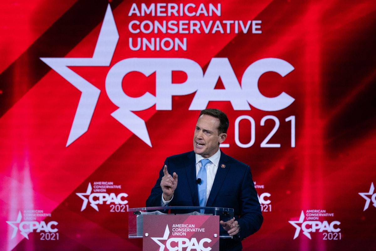 النائب الجمهوري تيد بود يتحدث خلال مؤتمر العمل السياسي المحافظ في فلوريدا - 26 فبراير 2021 - Bloomberg