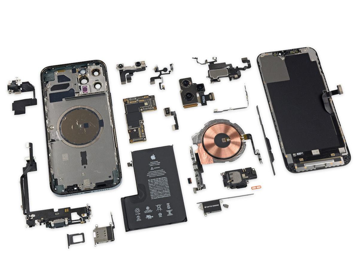 "مكونات هاتف ""آيفون 12 برو ماكس"" الجديد - iFix it"