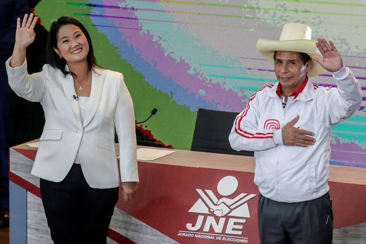اليساري بيدرو كاستيّو واليمينية كيكو فوجيموري خلال مناظرة انتخابية - 30 مايو 2021 - REUTERS