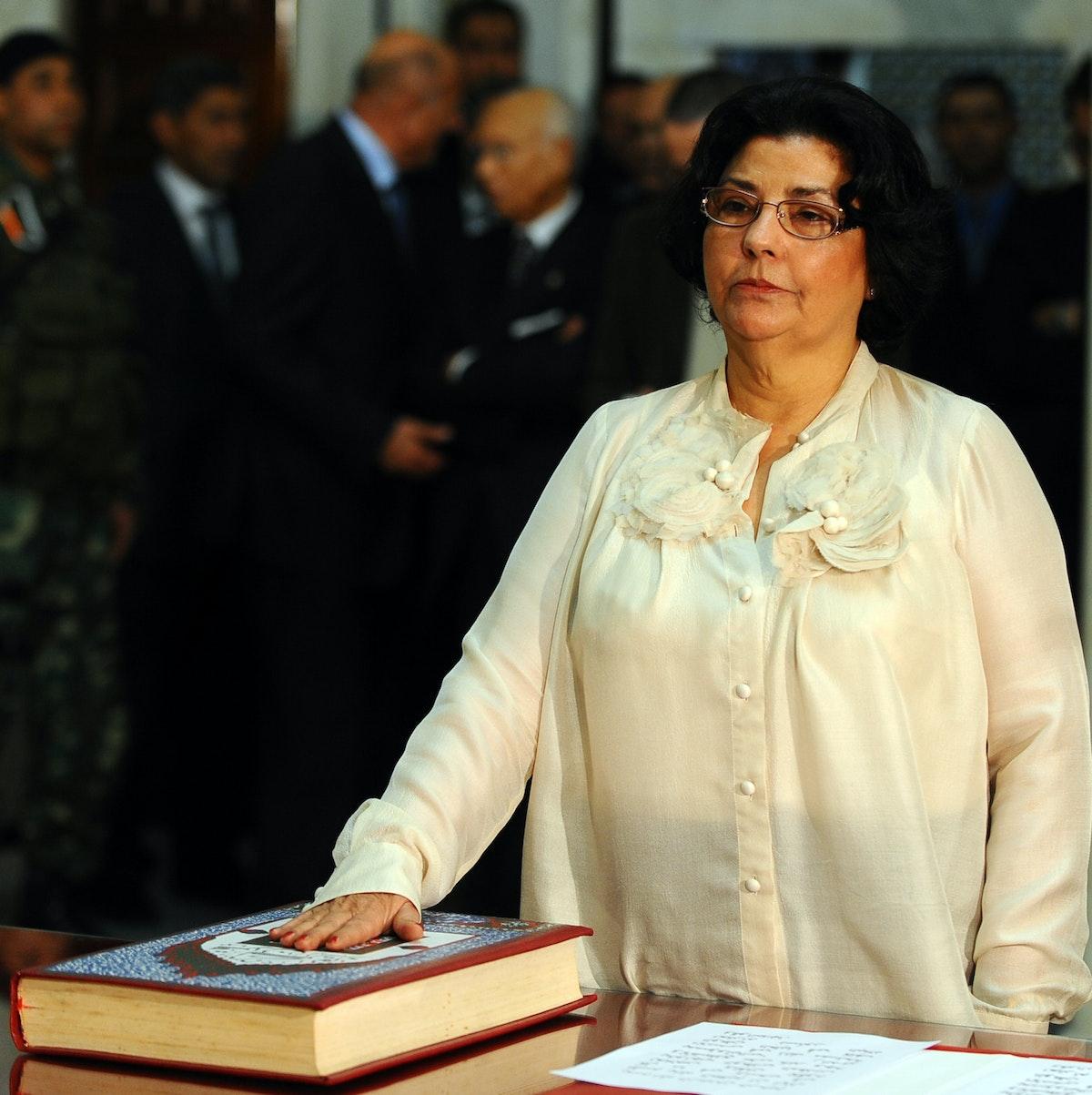 مفيدة التلاتلي تؤدي قسم توليها وزارة الشؤون الثقافية في تونس 2011 - AFP