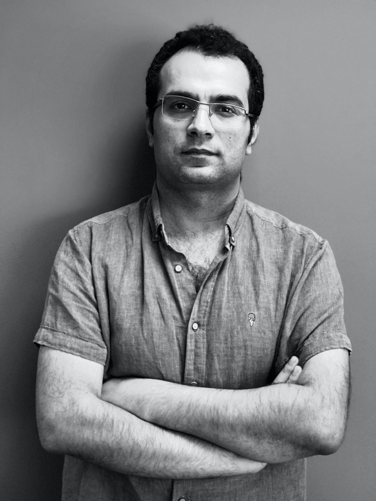 الشاعر المصري محمد أبوزيد - الشرق