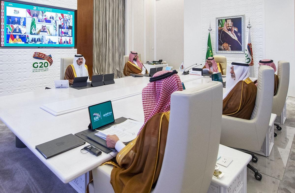 العاهل السعودي الملك سلمان بن عبد العزيز في افتتاح قمة مجموعة العشرين - AFP
