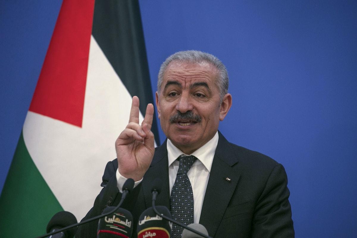 رئيس الوزراء الفلسطيني محمد اشتية - AFP