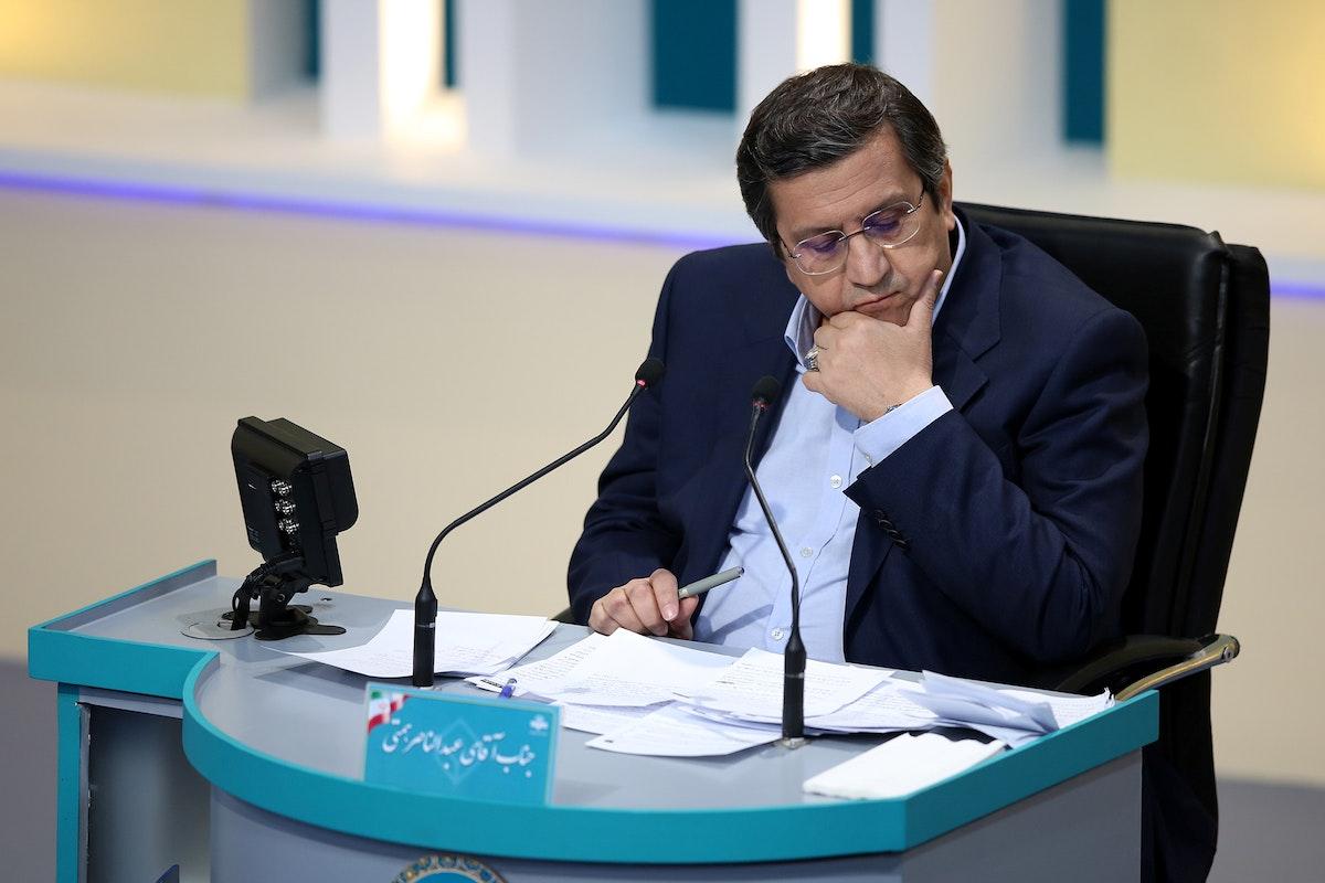 المرشح الرئاسي عبد الناصر همتي خلال المناظرة في طهران - 8 يونيو 2021 - REUTERS