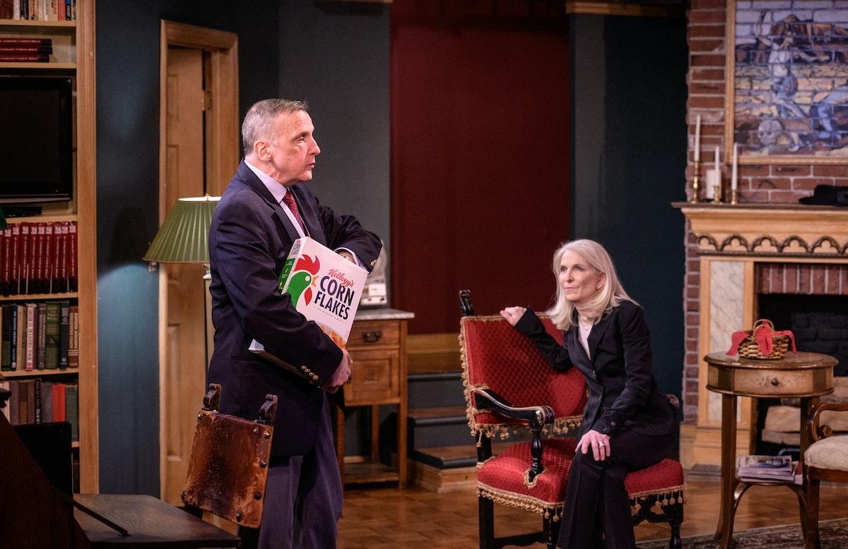 """جانب من مسرحية """"الجريمة المثالية"""" في مسرح برودواي بنيويورك، 27 أبريل 2021 - AFP"""