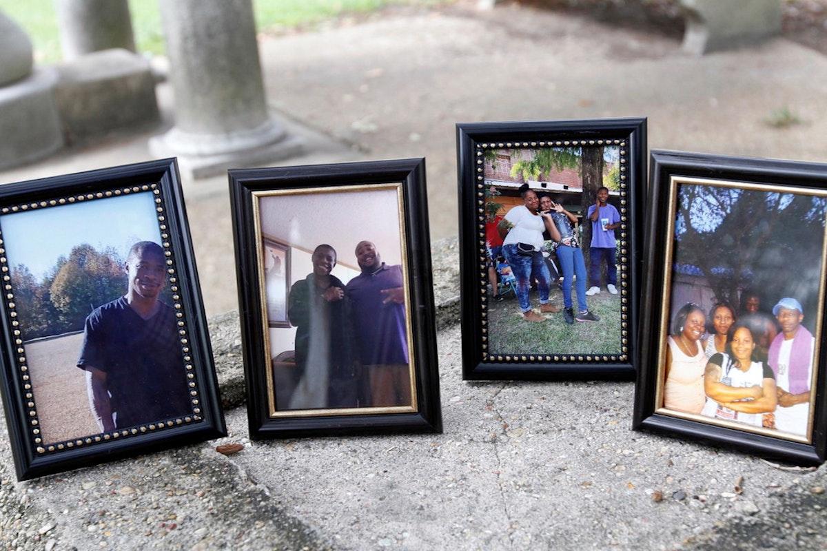صور للشاب هارفي هيل مع عائلته في ولاية مسيسيبي الأميركية. 14 سبتمبر 2020 - REUTERS
