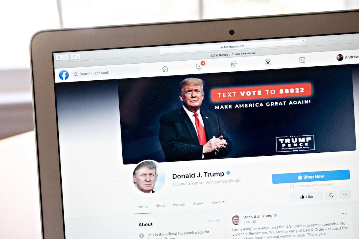 """حساب الرئيس الأميركي السابق دونالد ترمب على موقع """"فيسبوك""""، 7 يناير 2021 - Bloomberg"""